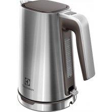 Чайник ELECTROLUX EEWA7300