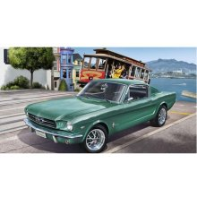 Revell Ford Mustang 1965 2+2 Fastback