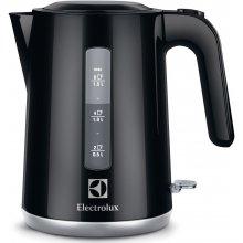 Чайник ELECTROLUX EEWA 3300