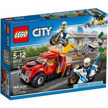 LEGO City 60137 Tow Truck Trouble