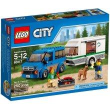 LEGO City Van z przyczepą kempingową