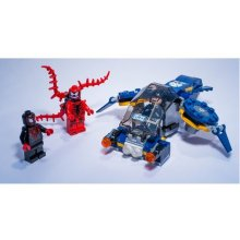 LEGO Super Heroes attack Carnagea