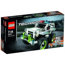 LEGO Technic car chase