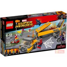 LEGO Super Heroes Tanker Truck Takedown