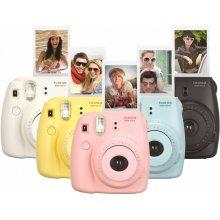 Фотоаппарат FUJIFILM Instax Mini 8 жёлтый