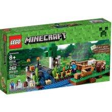 LEGO Minecraft farm
