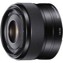 Sony SEL-35F18 E35mm, F1.8 pancake lens