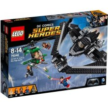 LEGO Super Heroes battle air